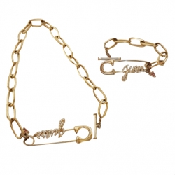Guess Necklace and bracelet set