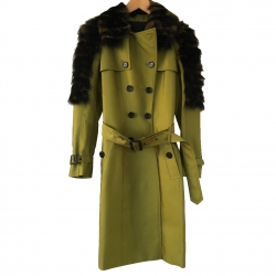 Burberry Thrench Coat