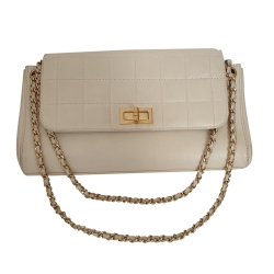 Chanel Neuauflage Rahmriegel Flap Bag