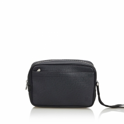Louis Vuitton Taiga Kaluga Clutch