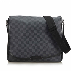 Louis Vuitton Damier Graphite Daniel MM