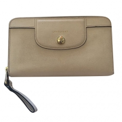 Longchamp Zipper wallet
