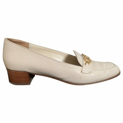 Salvatore Ferragamo Cream-coloured moccasin