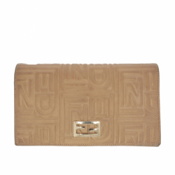 Fendi Wallet / Pochette in beige leather.