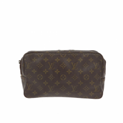 Louis Vuitton Beauty Travel Pochette