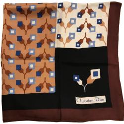 7e567676b434 Carine   MyPrivateDressing vide dressing suisse luxe online. Achetez ...