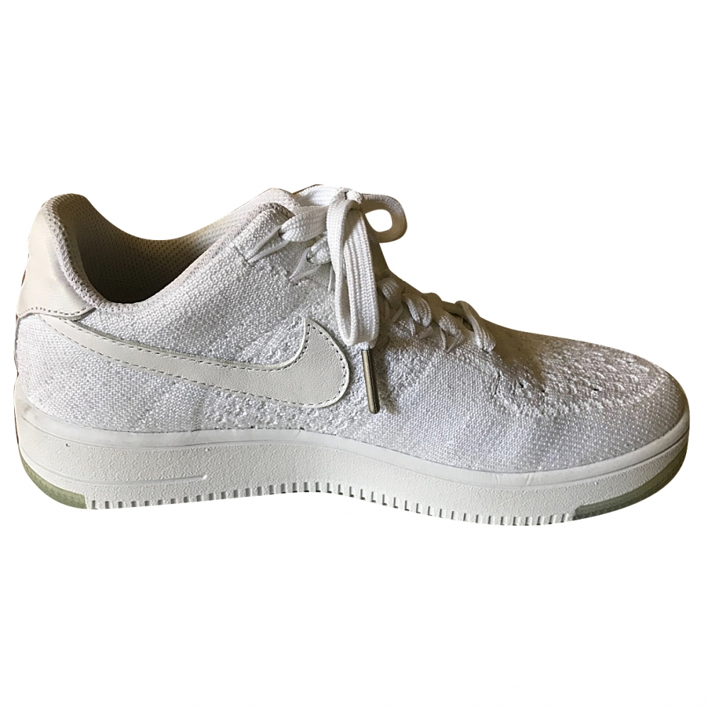 best service 8b5cb d0b25 Nike - Sneakers Air Force 1 Flyknit White : MyPrivateDressing. Buy and sell  vintage and second hand designer fashion and watches. Free listing. ...