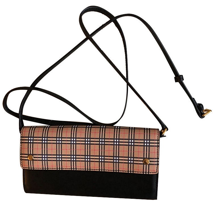 Burberry NEW bag with detachable leather strap