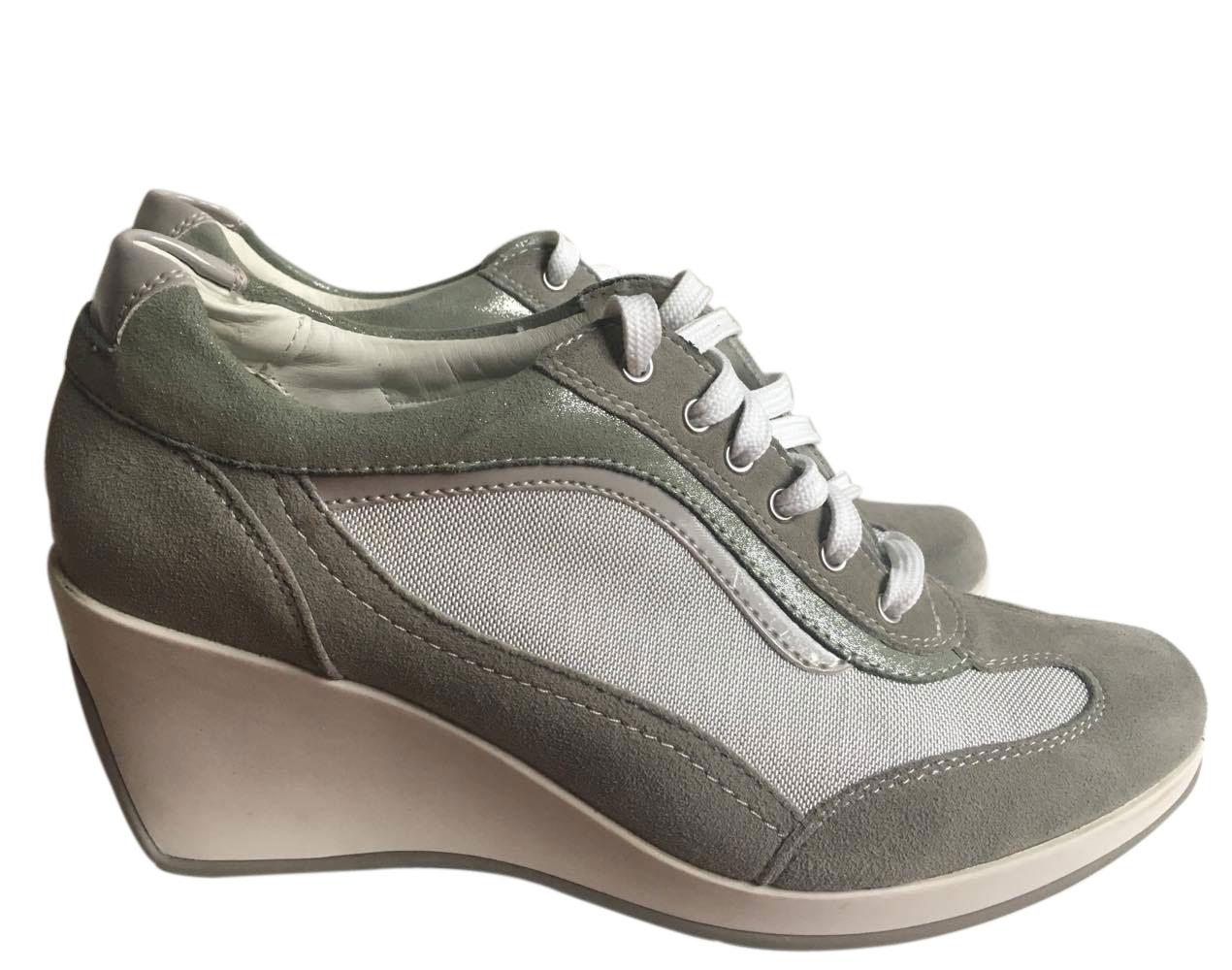Geox Schuhe mit Keil : MyPrivateDressing Schweiz. Kaufen und verkaufen Sie Ihre Secondhand Designermode und Uhren. Kostenlose Anzeige Garantierte