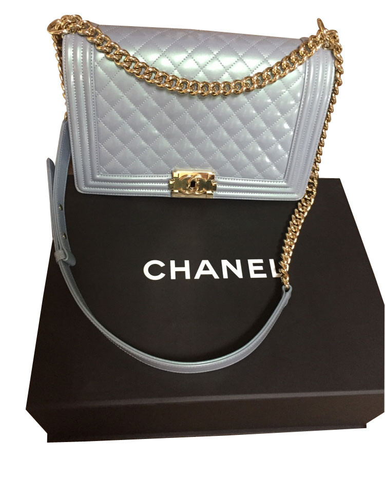 chanel boy handtasche myprivatedressing schweiz kaufen und verkaufen sie ihre secondhand. Black Bedroom Furniture Sets. Home Design Ideas