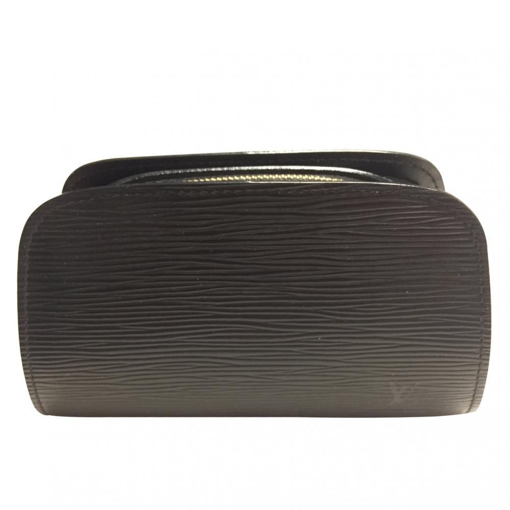 Louis Vuitton - Pochette cosmétique   MyPrivateDressing vide ... bb5071bb016
