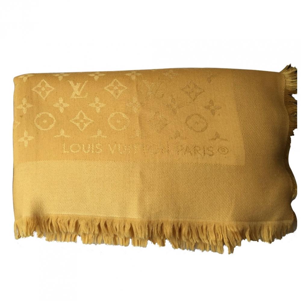 Louis Vuitton - Châle monogramme   MyPrivateDressing vide dressing ... 754f96bc3d6
