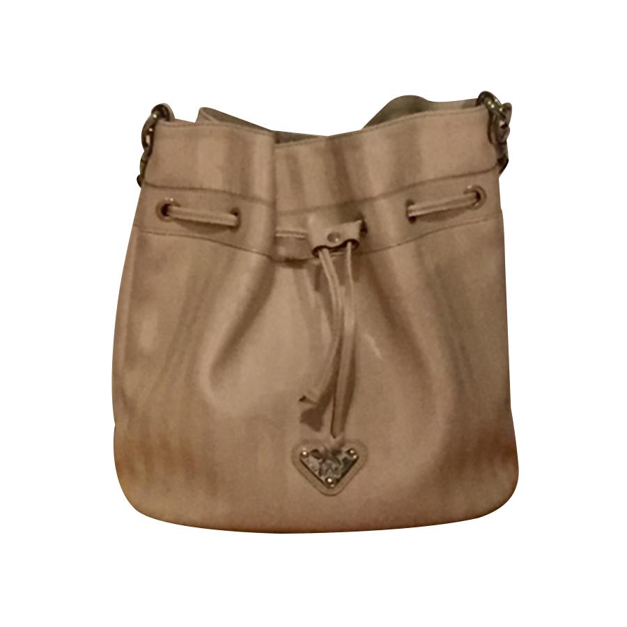 02fdce8346a3a Maison Mollerus - Vinerus Pearl Bucket Bag   MyPrivateDressing. Buy ...