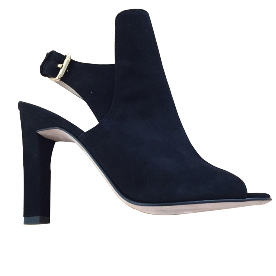 d05eca4378f Navyboot - Heels   MyPrivateDressing. Buy and sell vintage and ...