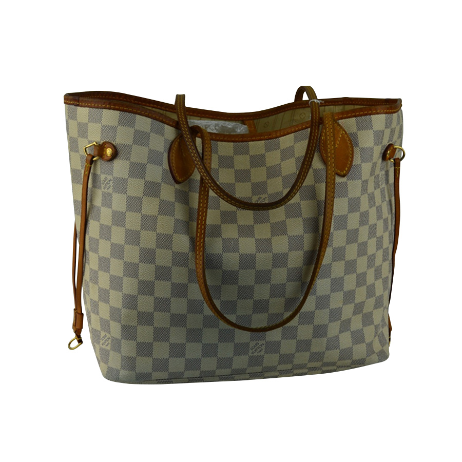 fbaa727168cc Louis Vuitton -