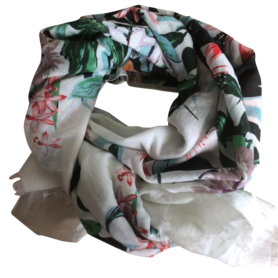 Max Mara - Foulard   MyPrivateDressing vide dressing suisse luxe ... a6caf7ecbd2