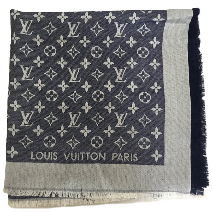 Louis Vuitton - Scarf   MyPrivateDressing. Buy and sell vintage and ... 77985a7bfe4