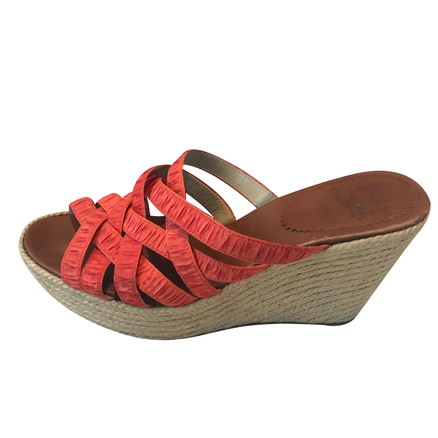 21418ea039d Christian Louboutin - Sandals   MyPrivateDressing. Buy and sell ...
