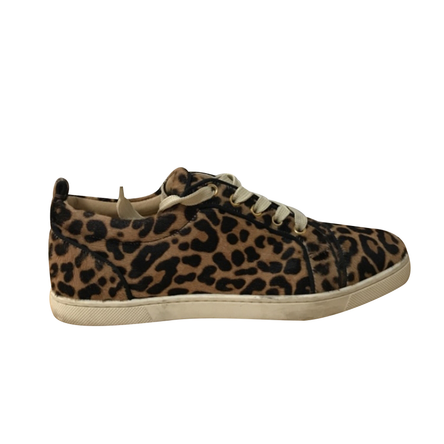 save off 7fb8e 860ac Christian Louboutin - Sneakers : MyPrivateDressing. Buy and sell vintage  and second hand designer fashion and watches. Free listing. Authenticity –  ...