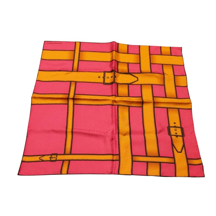 Burberry - Petit carré   MyPrivateDressing vide dressing suisse luxe ... d0e5e43d223