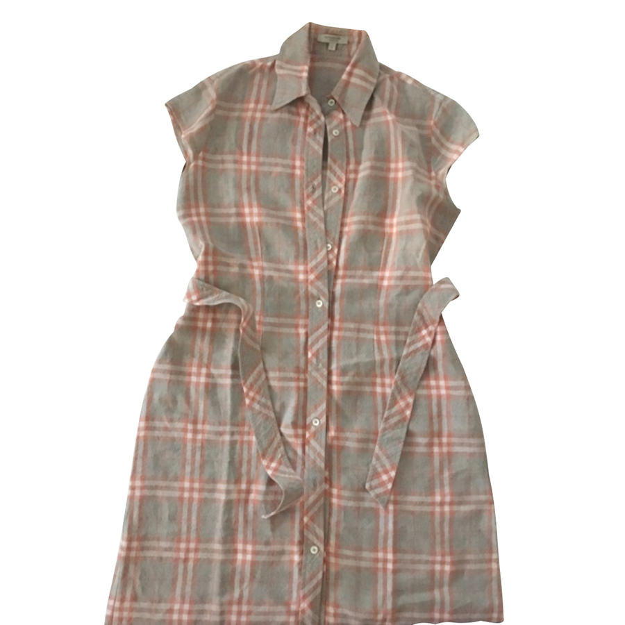 Burberry - Robe   MyPrivateDressing vide dressing suisse luxe online ... 0920061bfd9