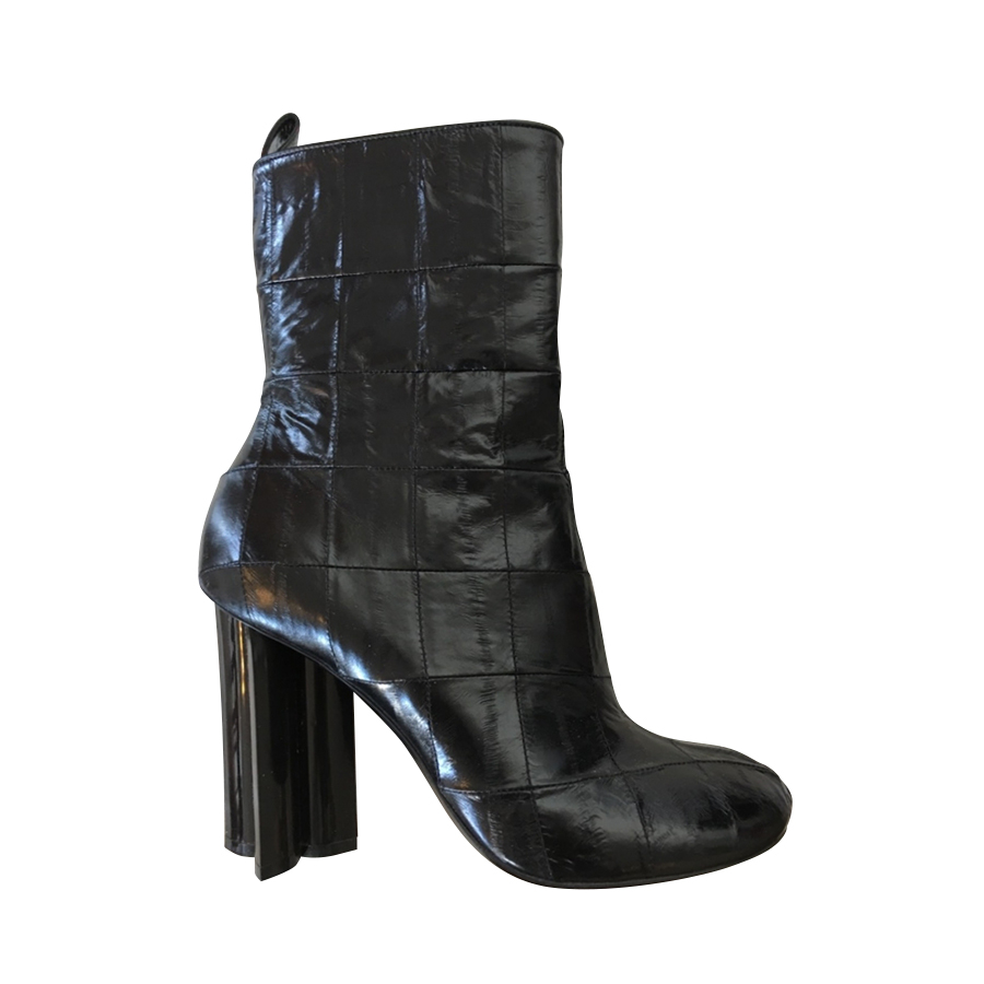 205ebef21f3 Louis Vuitton - Ankle Boots   MyPrivateDressing. Buy and sell ...