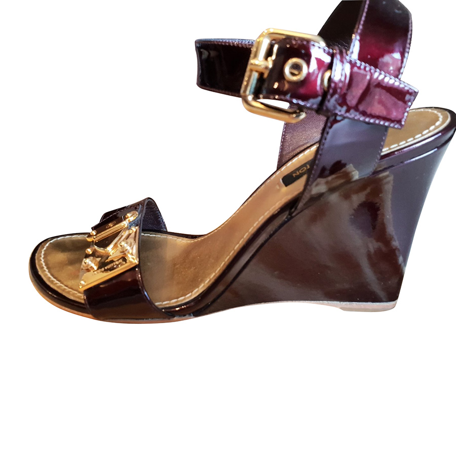 1d3da14caf63c4 Louis Vuitton - Sandals   MyPrivateDressing. Buy and sell vintage ...