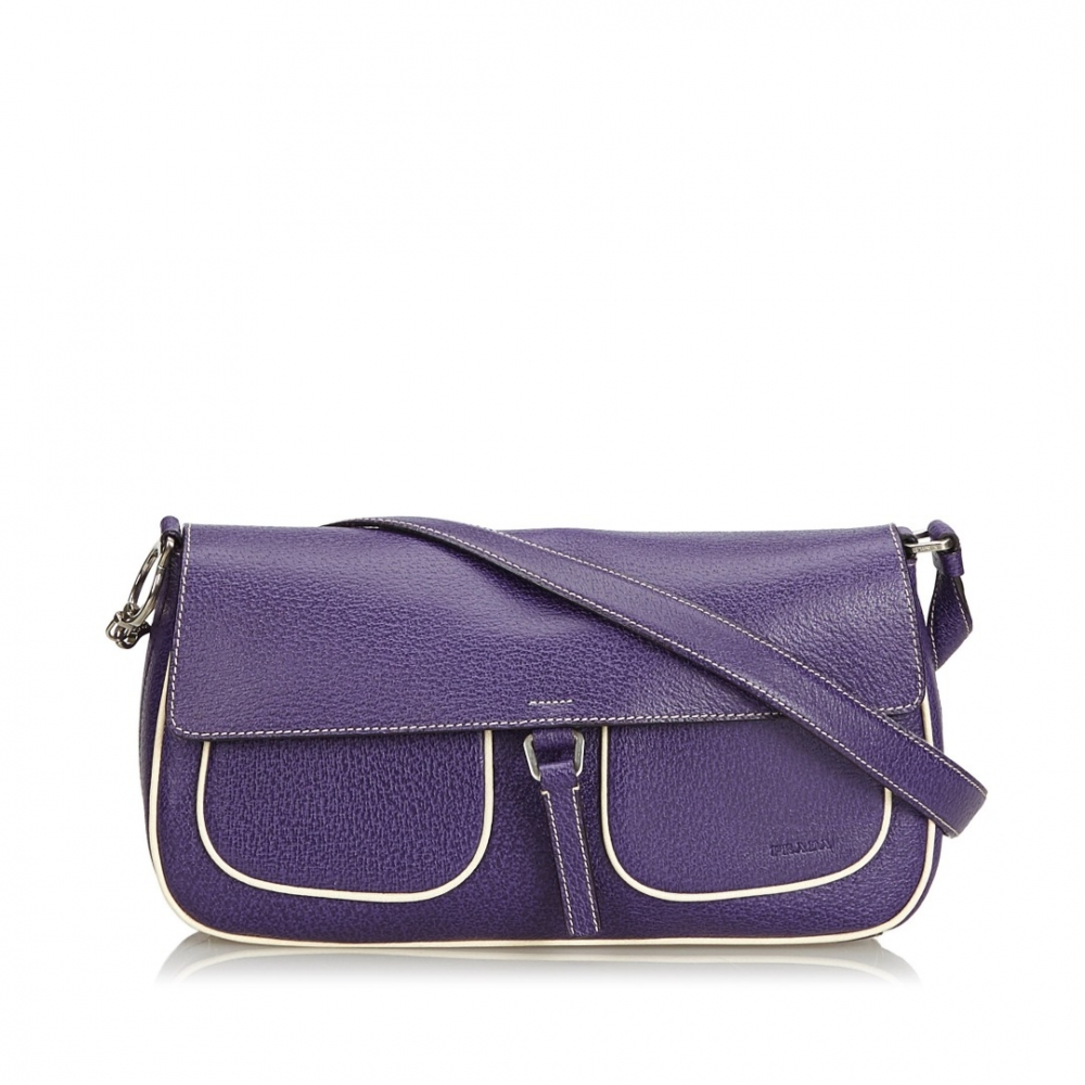 b7f2ae494e Prada - Leather Shoulder Bag : MyPrivateDressing. Buy and sell ...