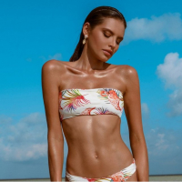 Khongboon Women's 'Hoku Seaside Escape' Bikini Top