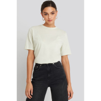 NA-KD Basic T-shirt 'High Round Neck' pour Femmes