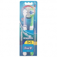 Oral-B 'Complete 5 Ways Clean' Toothbrush - Medium 2 Units