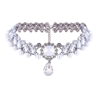 Liv Oliver Collier 'Crystal & Pearl Statement Choker In Silver'