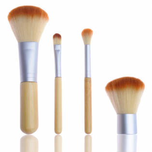 4 Piece Travel Bamboo Make-Up Brush Set + Handy Travel Pouch